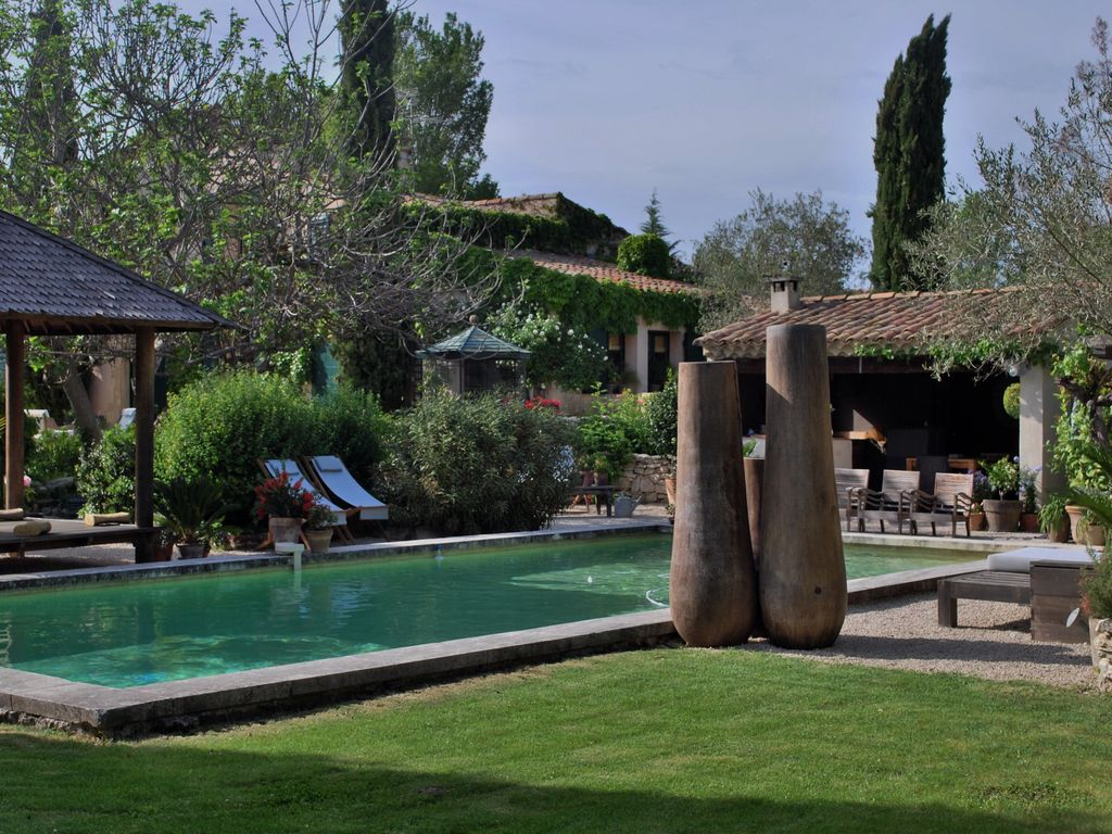 Provencal mas s 18th between Aix en Provence and puyricard ... - 654370