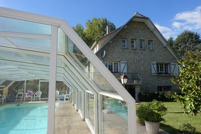 Villa of 160m2 - plot of 1300m2 - covered swimming pool in Ile-de-France  Yvelines - Neauphle-le-Vieux