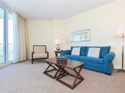 Photo for 2-bed condo w/private balcony, lagoon pool, & amenities!