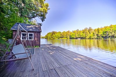 Get away from it all and retreat to this Forestport vacation rental house!