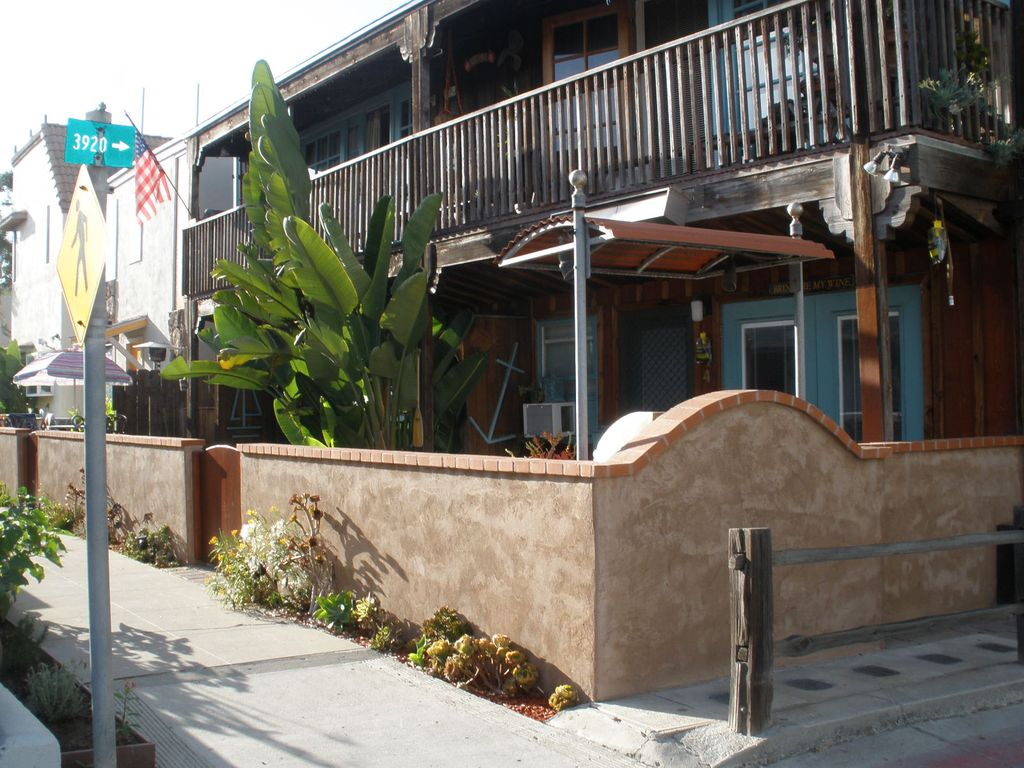 Mission Beach Bay Charming One Bedroom Steps To Mission Bay Sand Mission Beach San Diego San