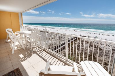 Views Galore - Get greeted by the breathtaking views Okaloosa Island offers