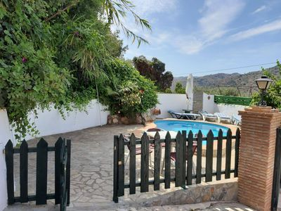 Photo for Gorgeous country house with swimming pool and magnificent views.