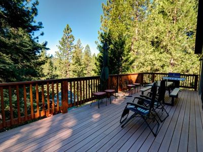 Photo for Alpine Aerie located in Yosemite West! <br> The three-story house has three bedrooms, three bathr...