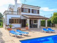 Beautiful tastefully villa with spectacular view. The accommodation were very spacious. Plenty of...