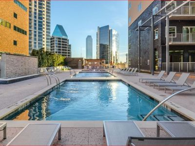 Photo for Luxury Penthouse Walkable to EVERYTHING Upscale!
