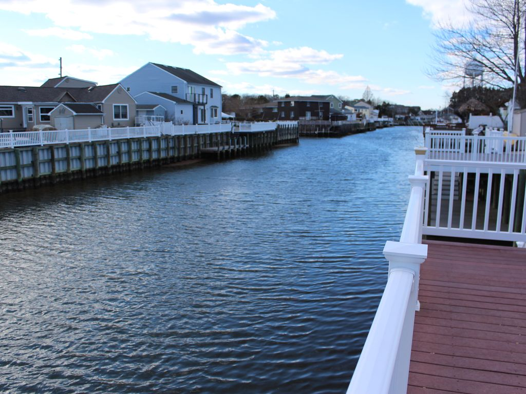 Relax In Beach Haven West And Watch The Boats Go By Beach Haven West Long Beach Island Jersey