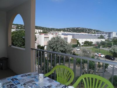 Photo for Apartment Sète, 1 bedroom, 5 persons