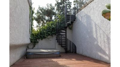 Photo for House in The Hills! Live With The Celebs! 3 Stories W/Views, Deck & More!