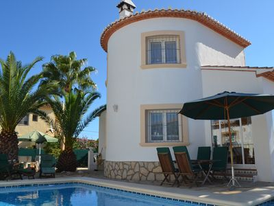 Photo for Villa with WiFi, 3 bedrooms, 3 bathrooms, fireplace, 4 x air conditioning, conservatory, pool ..