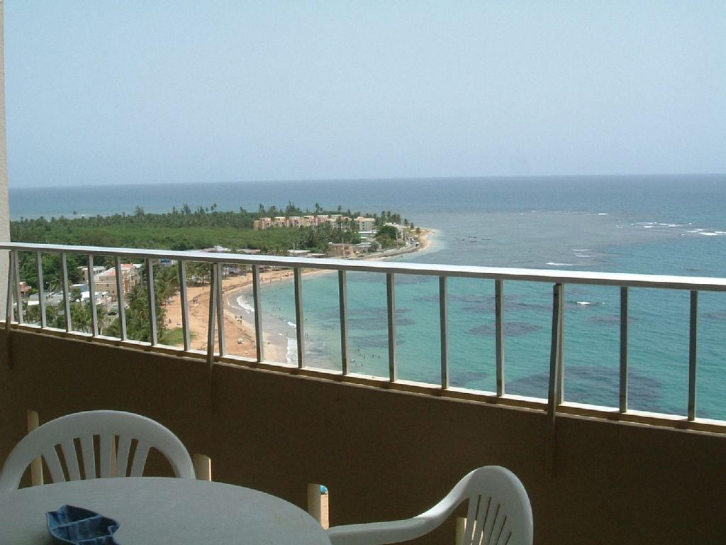 18th floor beachfront condo w spectacular homeaway for 18th floor balcony
