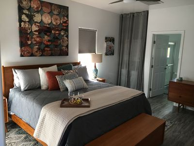 Georgous and spacious king bedroom. Brand new Tuft and Needle mattress.