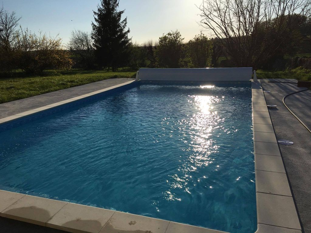 Charming Saint Maigrin House Rental   Heated Swimming Pool. 10m X 5m