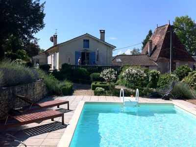 Photo for Beautiful house in the heart of Brantome, very quiet with private pool and views