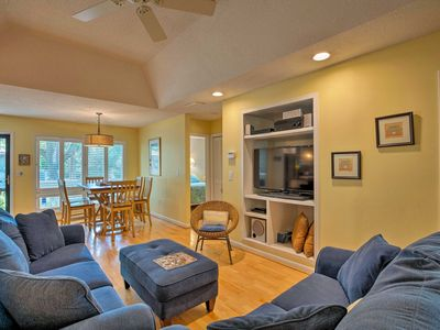 Photo for NEW! Kiawah Island Cottage walk to Pool & Beach!