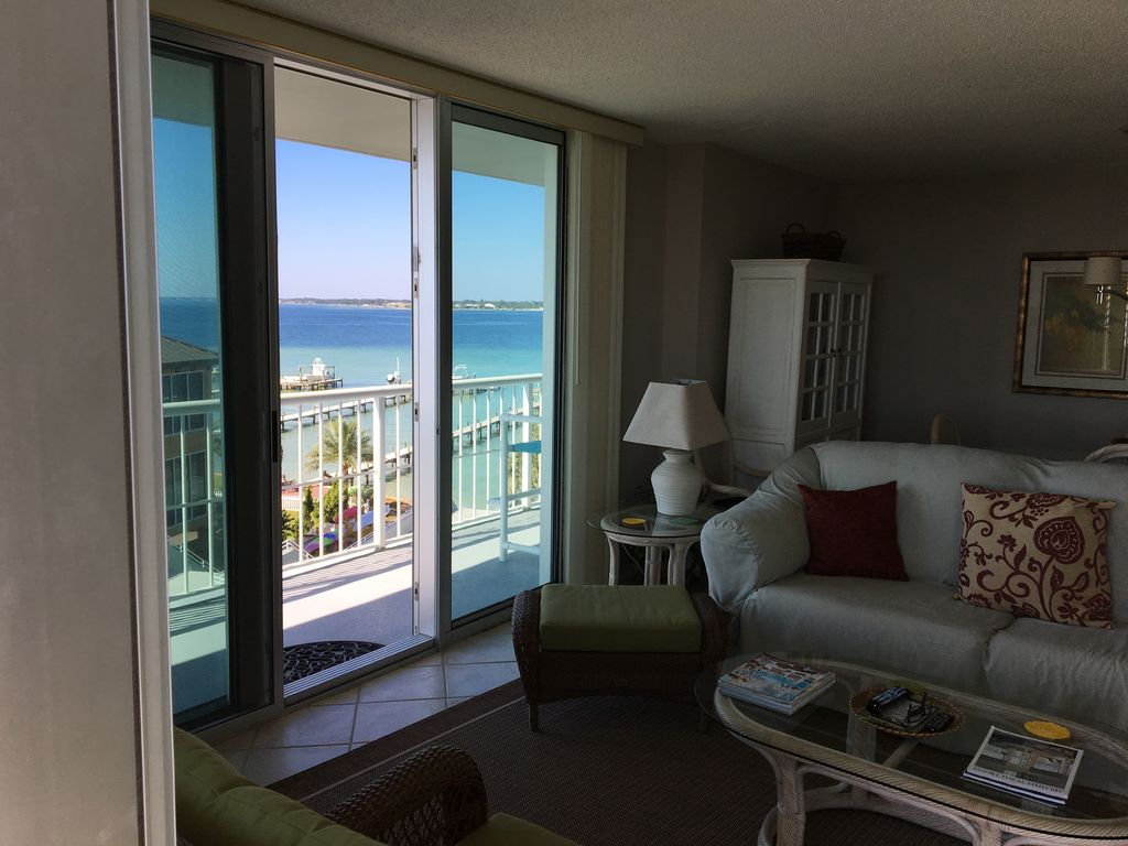 Great fall rates 2br 2bath wrap around balcony book for The balcony book