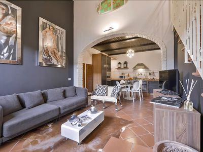 Photo for Essence - Stylish 2 bedroom flat in Oltrarno