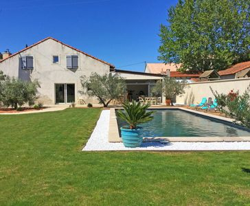 Photo for Nice rental with private pool near Isle sur Sorgue, sleeps 10.