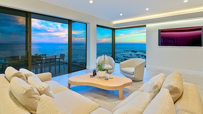 Photo for *OCEANFRONT* Modern Beach Villa