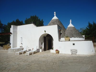 Photo for ... The Trullo del piscina, and garden of over 1 hectare