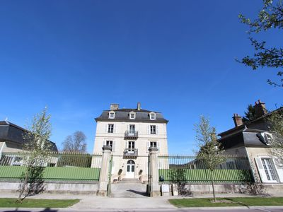 Photo for Beautiful château in the heart of Champagne, excellent for groups