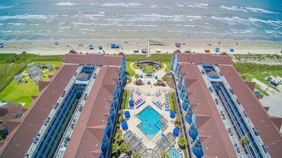Photo for Seascape 2/2 beachfront condo with amazing views from 2 private balconies