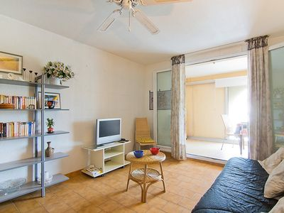 Photo for Apartment in Fréjus with Internet, Lift, Parking, Terrace (323429)