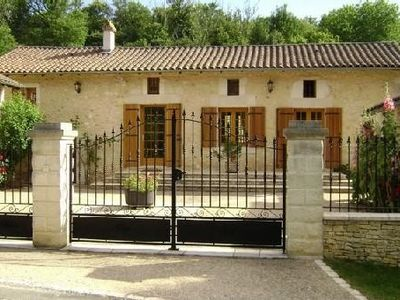 Photo for Farmhouse of the 18th century, completely renovated and very well equipped
