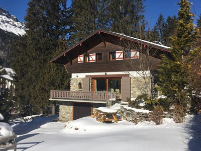 Photo for Charming renovated chalet - between the village center and the ski lifts (600m)