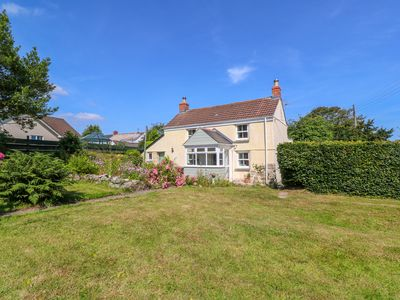 Photo for Rose Cottage, HELSTON