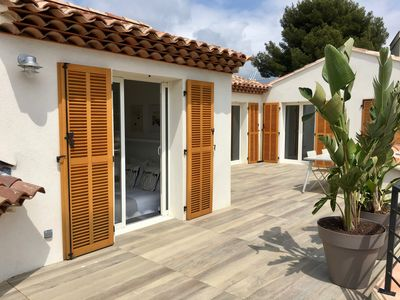 Photo for Top of villa with large terrace sea view Town center of Bandol