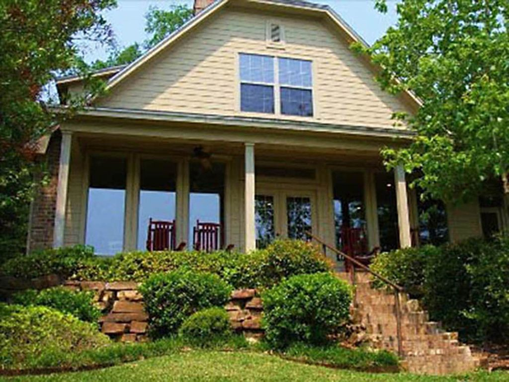nice texas cottage #4: Beautiful East Texas Cottage on Private Lake - Gated Property