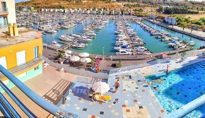 Photo for Amazing Apartment at Albufeira Marina