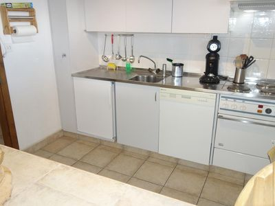Photo for Large 4-room apartment, 2* with 3 bedrooms for 6 people located at the bottom of the slopes. Living