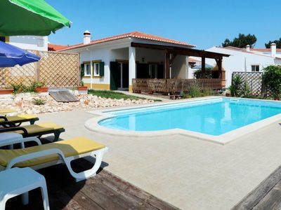 Photo for Vacation home Sol (VLT100) in Vale da Telha - 8 persons, 4 bedrooms
