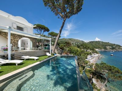 Photo for Private villa with swimming pool and private beach access