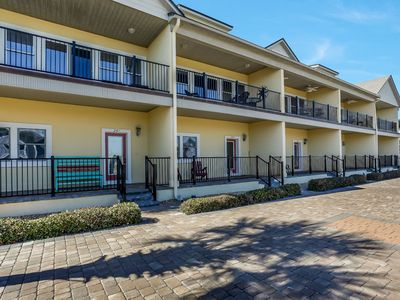Photo for 3 Bed/3 Bath Oceanview townhouse from balcony & living areas.  Sleeps 6 & Pet Friendly.