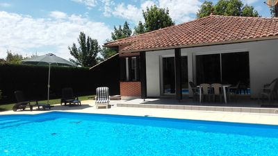 Photo for In Moliets, beaches 2.5 km, 3 bedrooms, 2 bathrooms. Swimming pool.