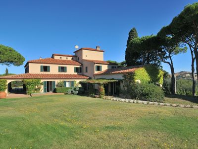 Photo for Villa in Castagneto Carducci with 6 bedrooms sleeps 12