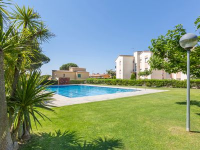 Photo for 2 bedrooms apartment close to the beach