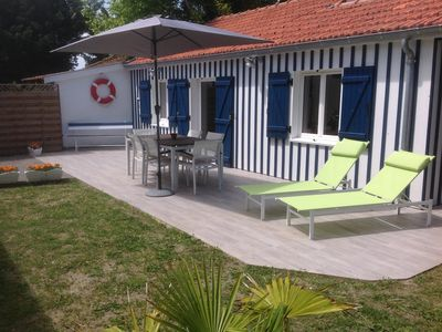 Photo for Arcachon Bay hut at 2 steps from the port