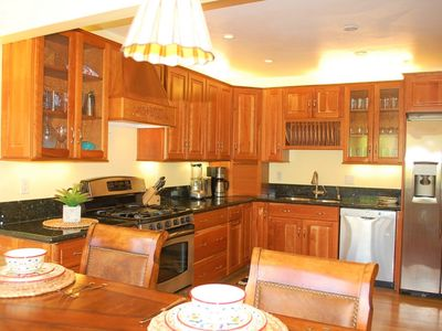 Photo for Views, Walk To Uptown Dining and Shopping, Golf and Park