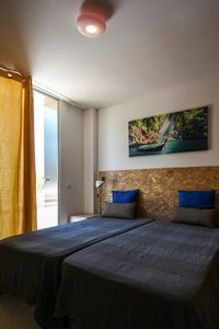 Photo for Pé na Areia - Guest House Twin Room with Shared Bathroom