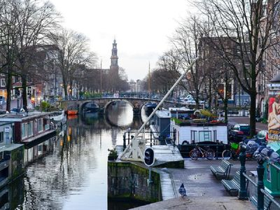 Photo for IN THE MIDDLE OF JORDAAN-WALK TO CENTRAL STATION