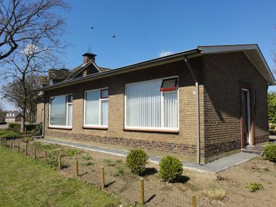 Photo for Cosy detached house with large garden in quiet surroundings near Terneuzen