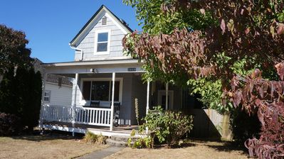 Photo for Gorgeous home in the heart of 6th Ave, 5min to UPS- UW - Ruston