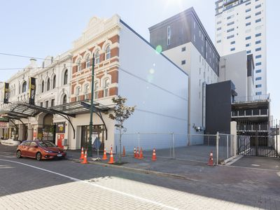 Photo for This stylishly furbished two bedroom apartment is in the heart of Christchurch
