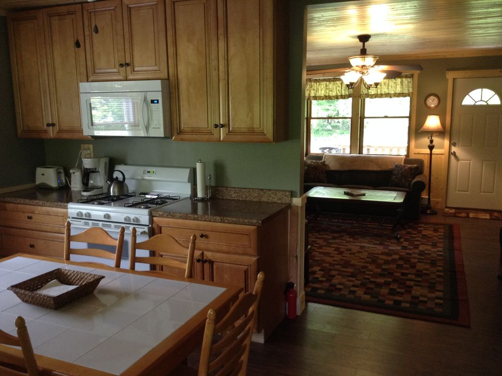 looks pinterest this hot cabins cabin pin on tub in find virginia and wv private west more great with