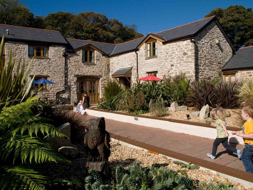 Outdoor Heated Swimming Pool Falmouth Cornwall West Country Rentals And