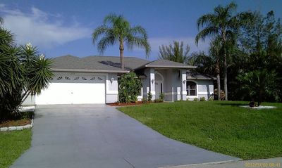 Photo for Villa Kyra Cape Coral Vacation Home 3/2 Pool Canal